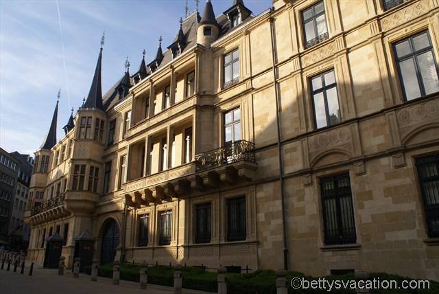 Fürstenpalast, Luxemburg