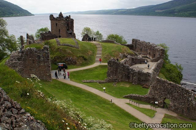 Urquhart Castle (2)