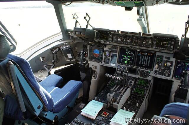 Cockpit Globemaster III - USAF