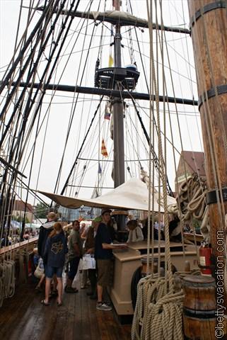 an Deck der HMS Bounty