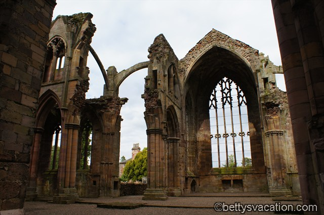 Melrose Abbey (13)