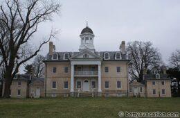 Ein Palast in der Wildnis – Hampton NHS, Towson, MD