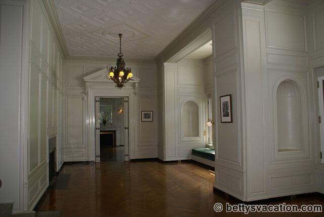 Eolia Mansion - Erdgeschoss