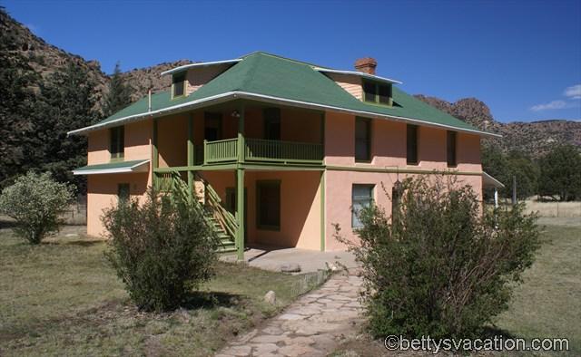 Faraway Ranch (6)