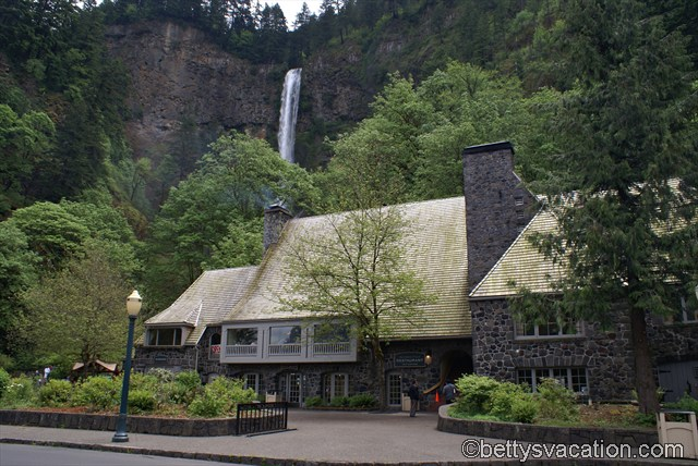 Multnomah Lodge