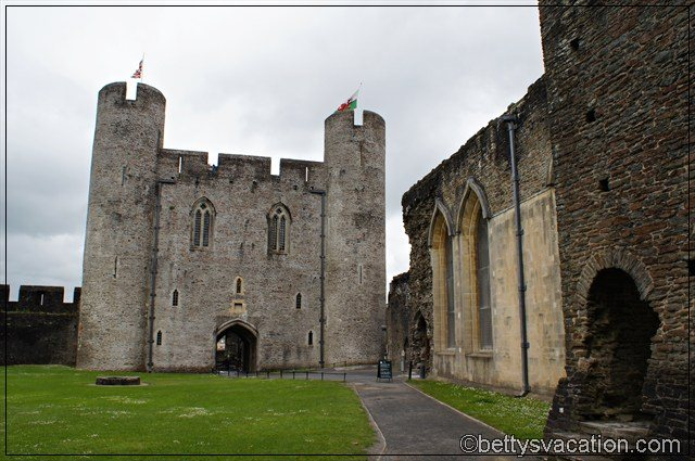 Caerphilly Castle (5)