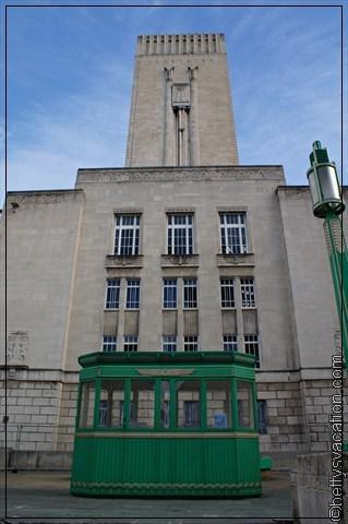 George Dock Building