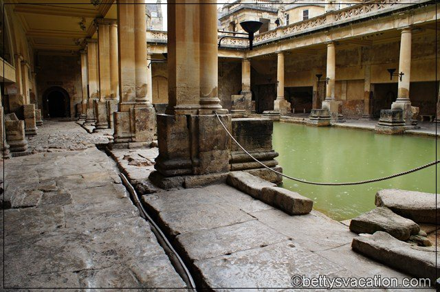 Roman Bath (6)