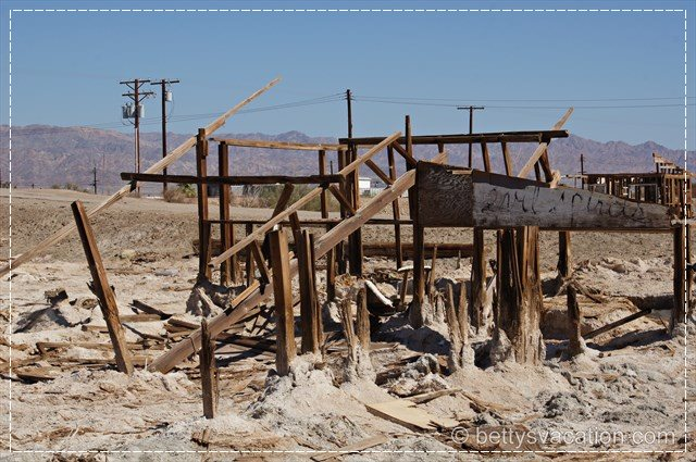 Bombay Beach 10