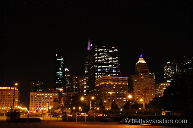 Chicago by Night 1