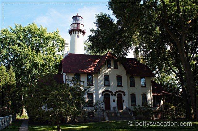 Grosse Point Light Station 2
