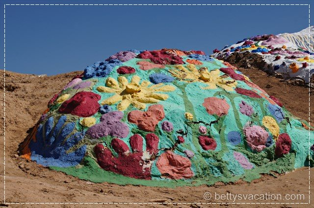 Salvation Mountain 11
