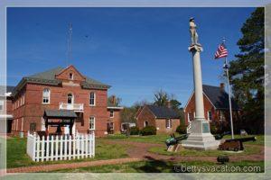 Eastville Court House & Green 8