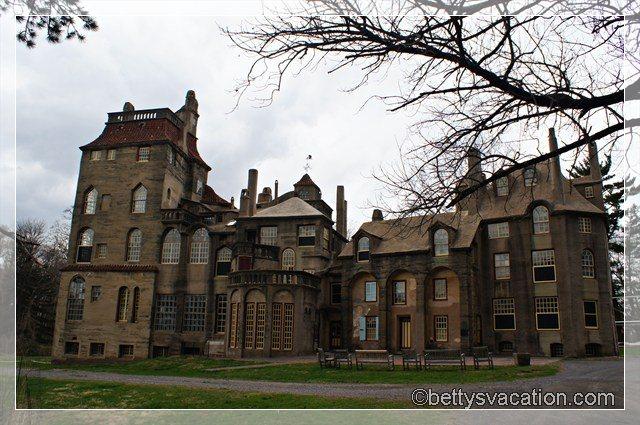 Fonthill Castle 1