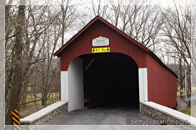 Knecht's Covered Bridge 1