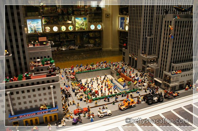 Rockefeller Center Lego