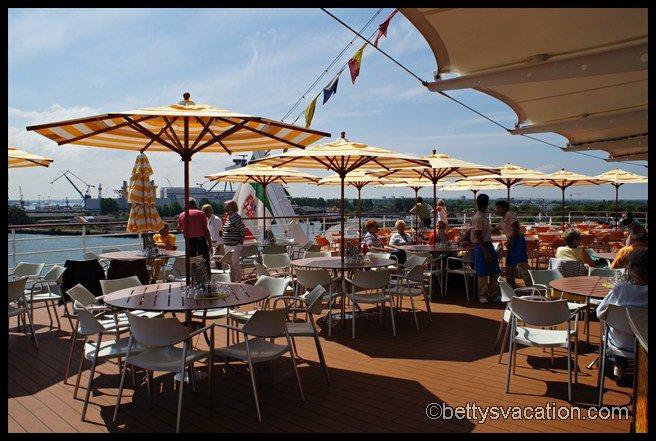 AIDA bella - Weite Welt Restaurant außen 2