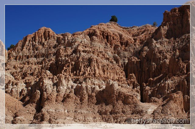 15 - Cathedral Gorge State Park