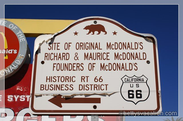 17 - McDonalds Museum