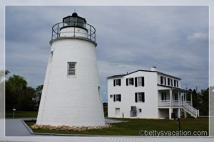 21 - Piney Point Lighthouse