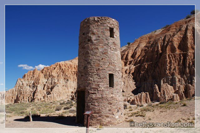9 - Cathedral Gorge State Park