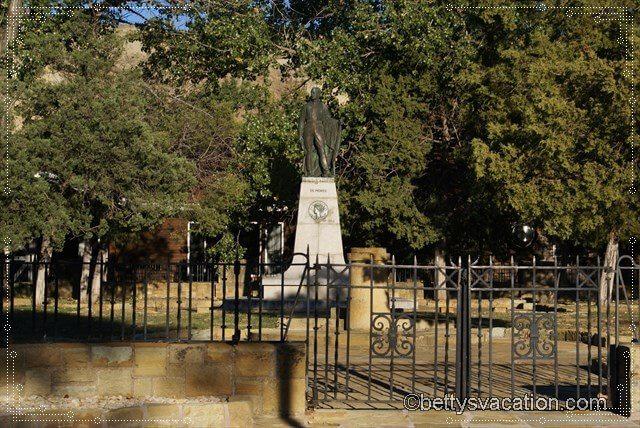 20 - De Mores Memorial Park