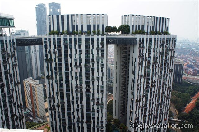 27 - The Pinnacle @ Duxton