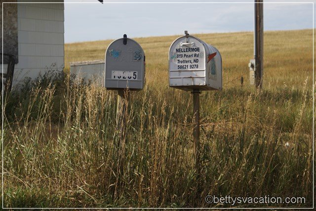 4 - Mail Boxes