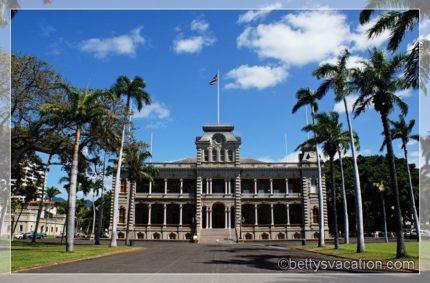 Iolani Palace, Honolulu, Hawai'i