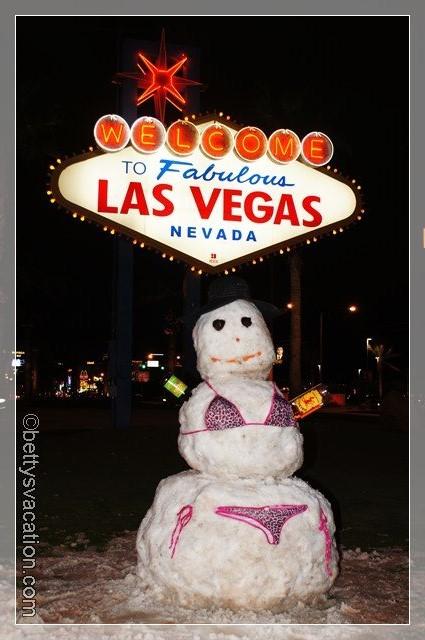 42 - Snowwoman
