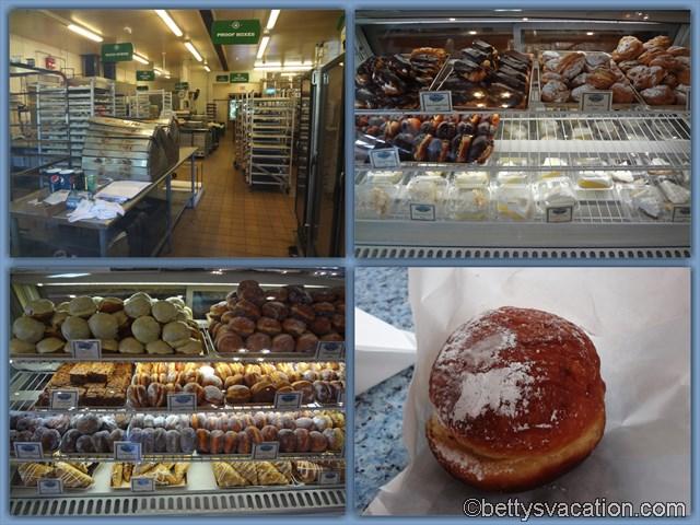 12 - Punalu'u Bake Shop