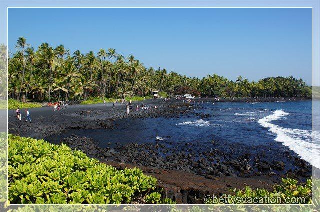 6 - Black Sand Beach