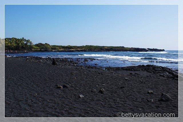7 - Black Sand Beach