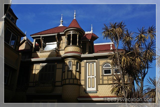 23 - Winchester Mystery House