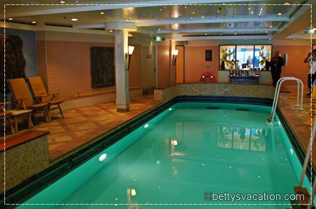 Norwegian Star Spa & Indoor Pool