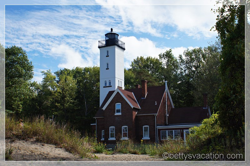 11 - Presque Isle Light