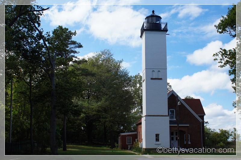 8 - Presque Isle Light