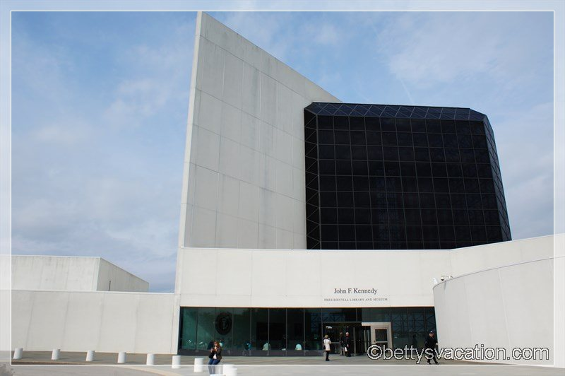 18 - JFK Presidential Library