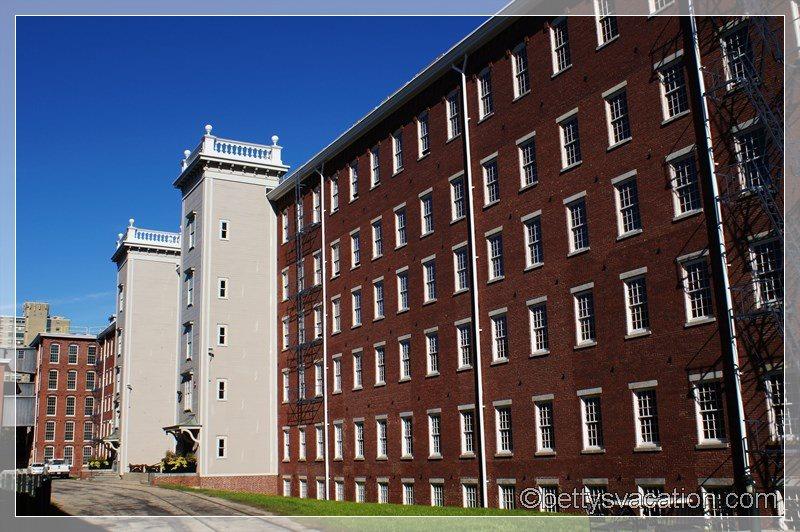 20 - Boott Cotton Mills Museum