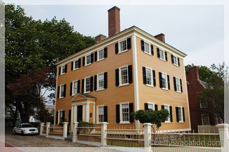 8 - The Hawkes House