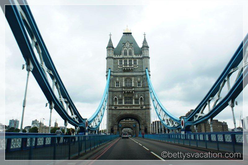1 - Tower Bridge