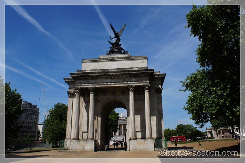 1 - Wellington Arch