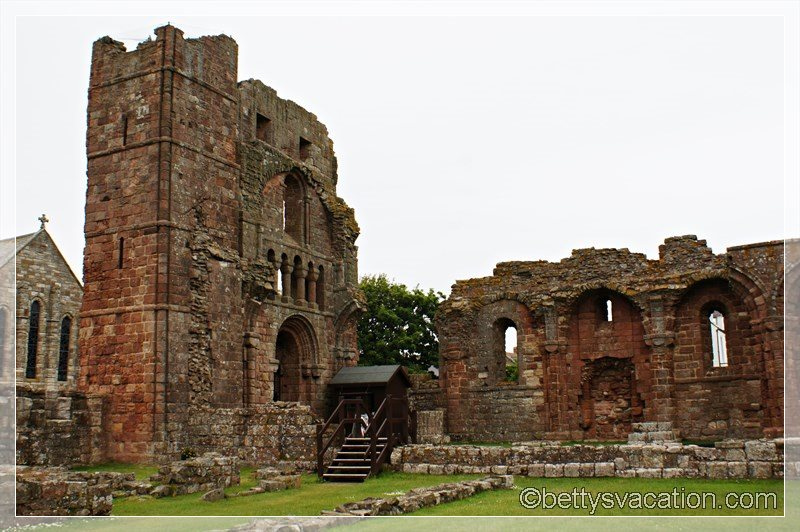 11 - Lindisfarne Abbey