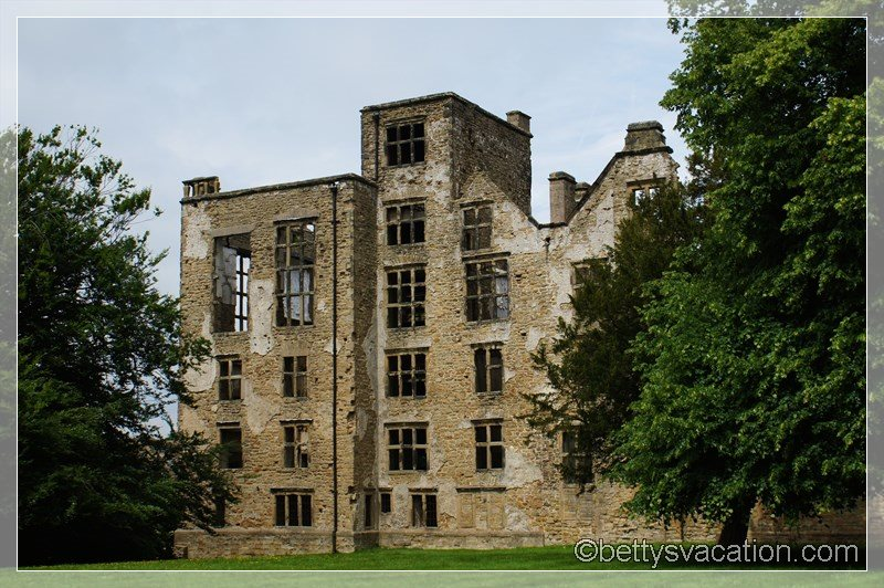11 - Old Hardwick Hall