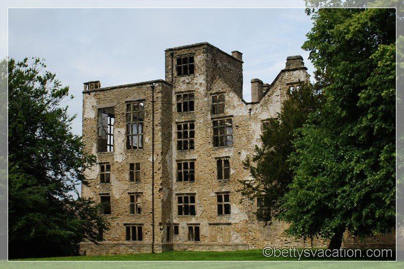 11 - Old Hardwick Hall