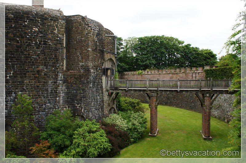 13 - Walmer Castle & Gardens