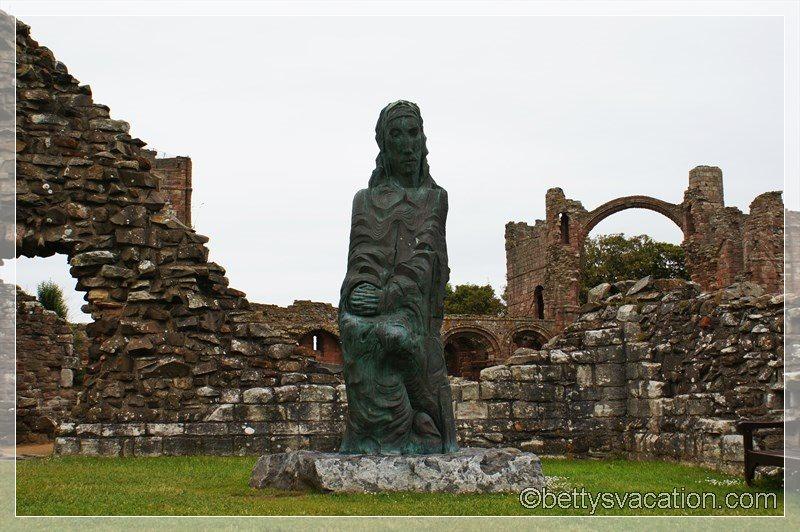 14 - Lindisfarne Abbey