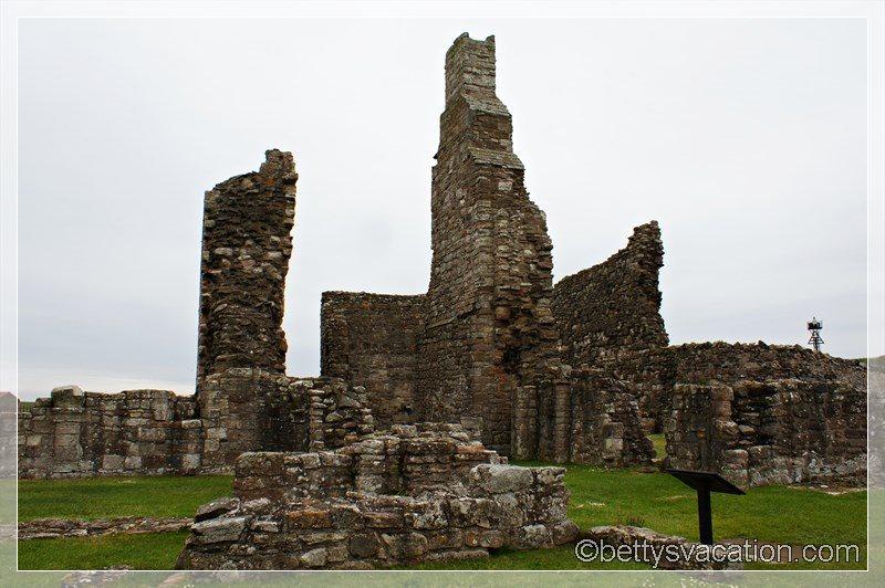 15 - Lindisfarne Abbey