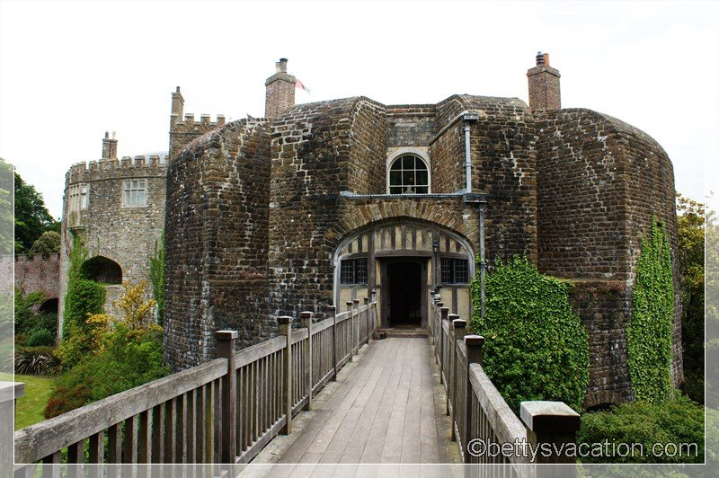16 - Walmer Castle & Gardens