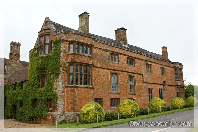 18 - Canons Ashby